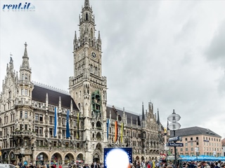 Munich - Marienplatz 02 (Rent.it)